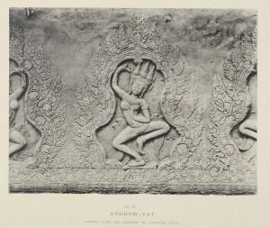 Femme qui danse sur les murs d'Angkor-Vat